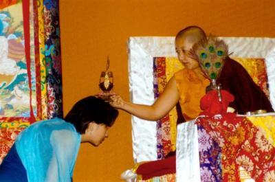Dzietsün Khandro Rinpocze[Jetsün Khandro Rinpoche] Dzietsün Decien Paldrön [Jetsün Dechen Paldrön]