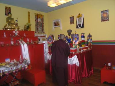 Dzietsün Khandro Rinpocze [Jetsün Khandro Rinpoche] Drubkhang - tradycyjne trzyletnie odosobnienie